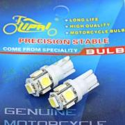 Лампа поворотников диодная 5 кристалов 2шт. T15 безцокольная (белая) 'LIPAI'
