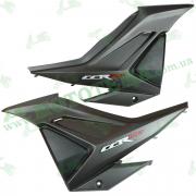 Пластик центральный боковой (пара) Lifan LF150-2E