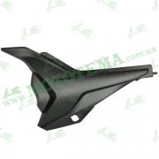 Пластик боковой ЛЕВЫЙ передний Loncin JL150-68A CR1 340750657-0002